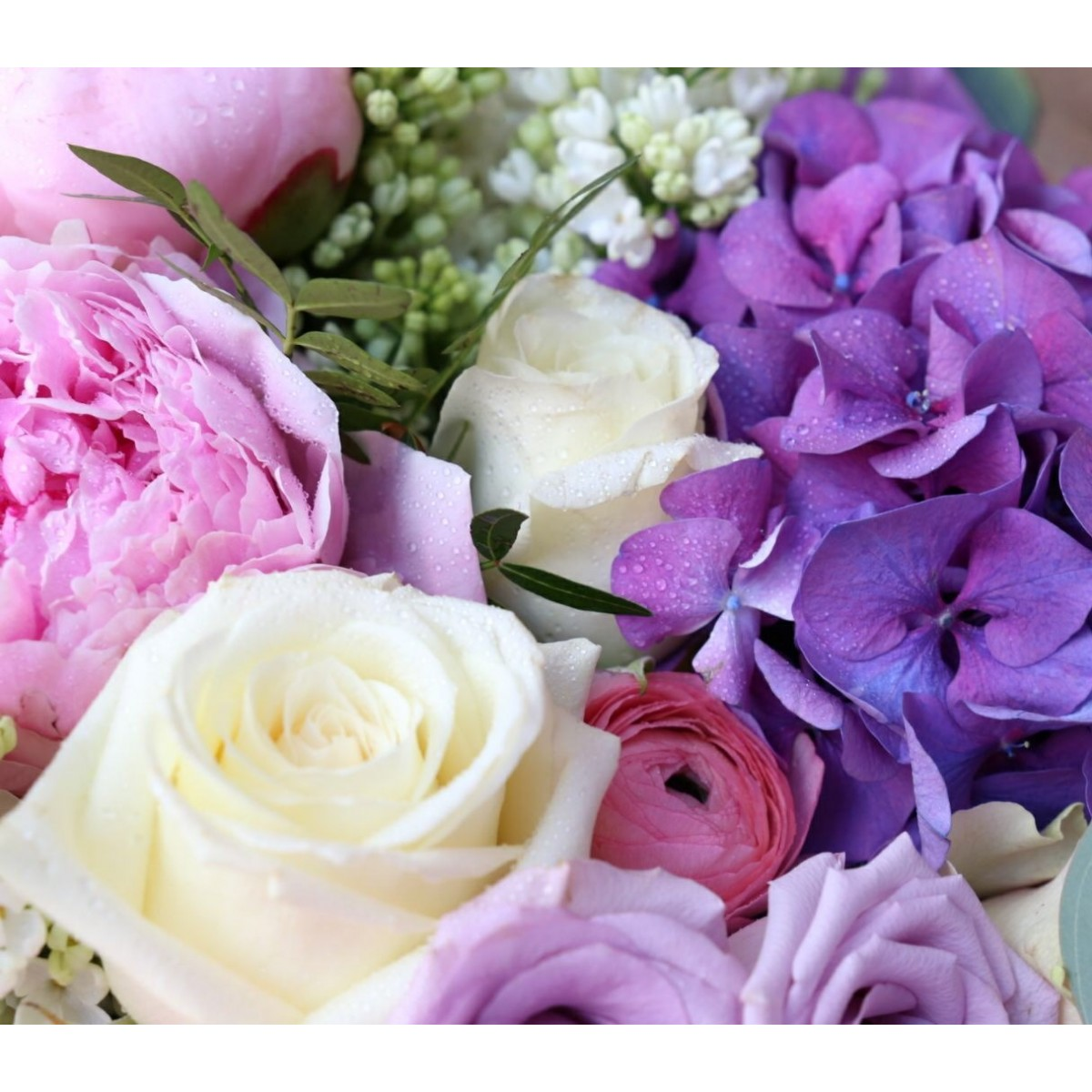 how to cut lilacs for a bouquet