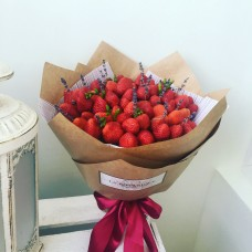 Strawberry bouquet with lavender