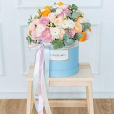 Kastīte ar rozēm un gundegu. M izmērs
