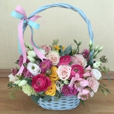 Basket with ranunculus